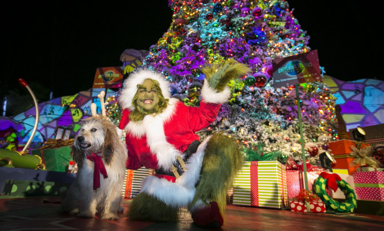 GRINCHMAS TREE LIGHTING